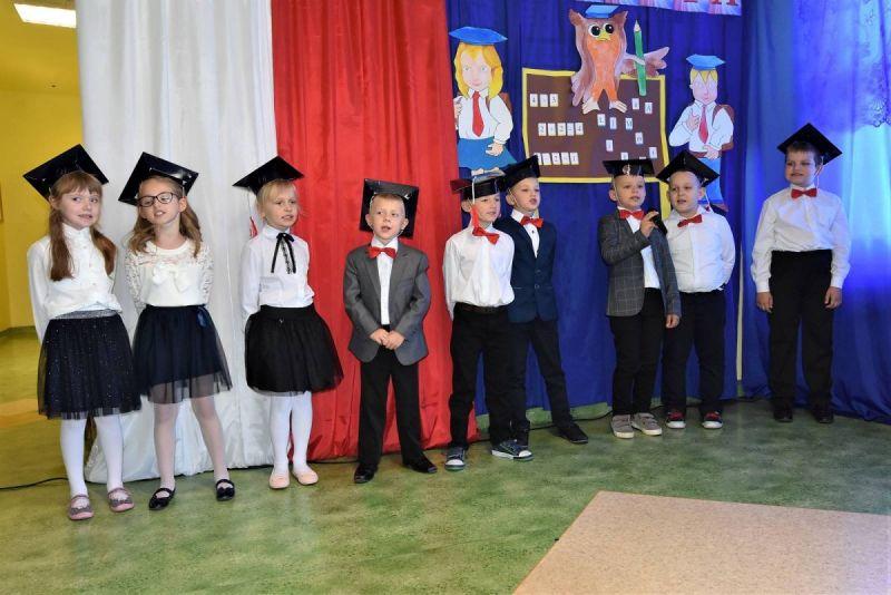 Dzie-nauczyciela-i-pasowanie-w-Stojeszynie-i-W-ach24