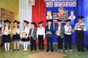 Dzie-nauczyciela-i-pasowanie-w-Stojeszynie-i-W-ach38