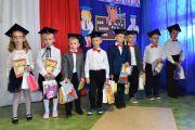 Dzie-nauczyciela-i-pasowanie-w-Stojeszynie-i-W-ach49