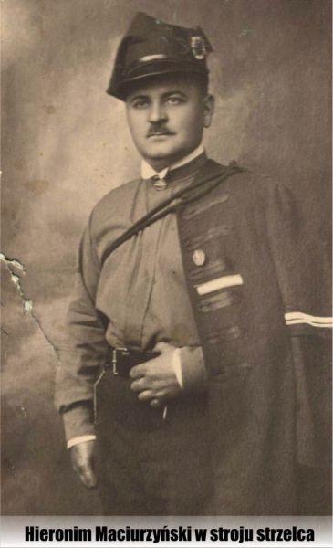 Hieronim-Maciurzyski-w-stroju-strzelca